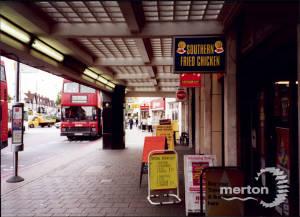 Morden Underground, Station Forecourt