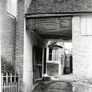 Fownhope, Green Man Inn gateway