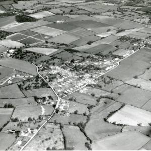 Li14265 Aerial photo of Walkers Green.jpg