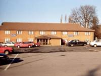 Epsom Road: Travelodge, The George Inn, Morden