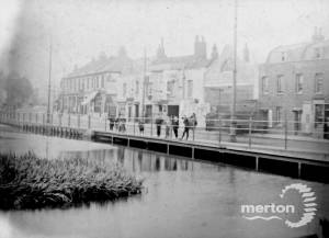 Merton High Street: River Wandle