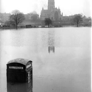 Floods near Worcester Cathedral.