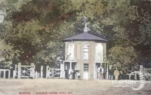 Double Gates : Merton High Street