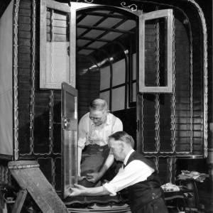 Gypsy caravan craftsman