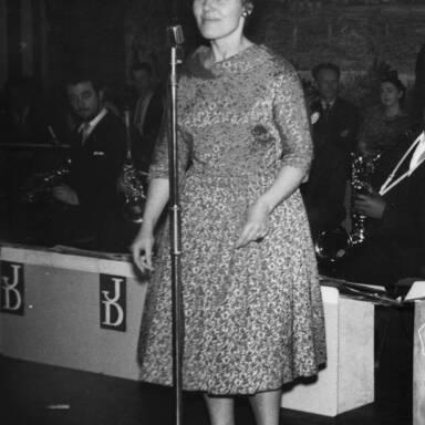 Cleo Laine, Johnny Dankworth Band, 1960.