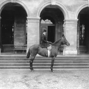 G36-246-03 Lady as G36-246-01, in front of entrance to Holme Lacy House.jpg