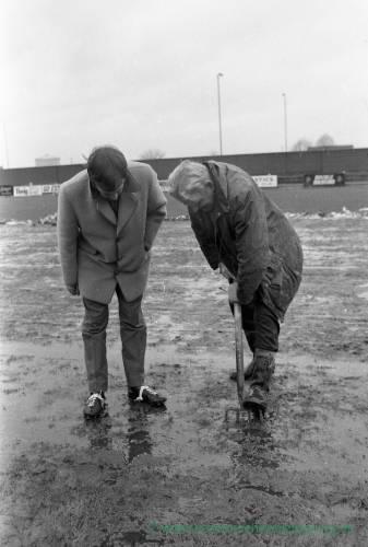 Inspecting a waterlogged Edgar Street ground Feb 1972
