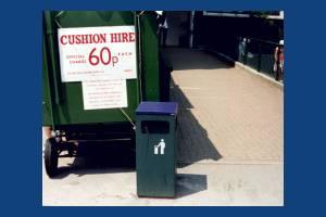 All England Club, Wimbledon: Cushion Hire Stand