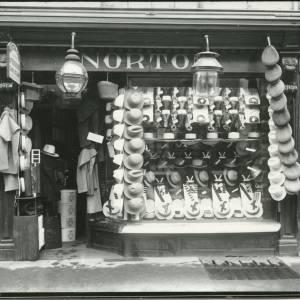 G36-023-06 Norton Shopfront (Broad Street, Hfd).jpg