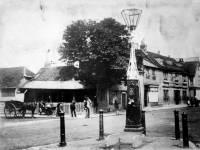 Fair Green, Mitcham: village pump at Colbrans Corner