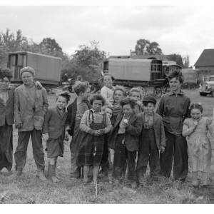 Children at Claston Farm, Dormington where picking by hand ended in 1957.