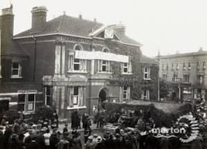 Wimbledon Gun Day - Wimbledon Town Hall