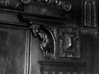 Cannizaro House, Wimbledon: Carved pannelling