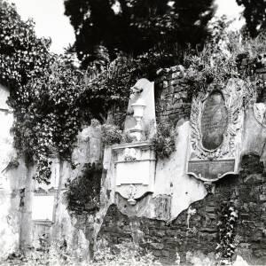 Bullingham church, old monument, 1928