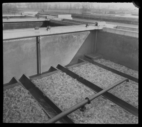Air scour on primary filter bed at Kempton
