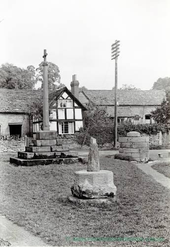 Bodenham Market Cross & War Memorial, 1928