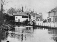 Merton High Street: River Wandle and Amery Mills