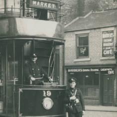 Tram 19 in Slake Terrace, Tyne Dock