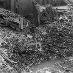 Bomb damage on Queen Street