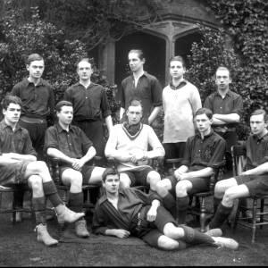 G36-318-05 Hereford Cathedral School rugby team.jpg
