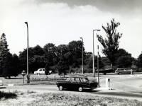 Croydon Road, Mitcham: Cedars Avenue roundabout