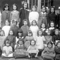 Beach Road Primary School pupils, Grade 2b, 1921
