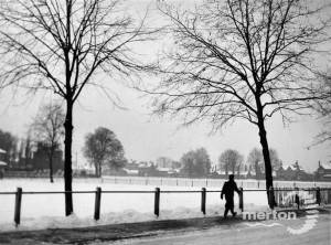 Snow on Lower Green, Mitcham