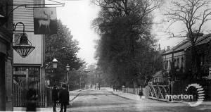 Merton Park level crossing, Kingston Road