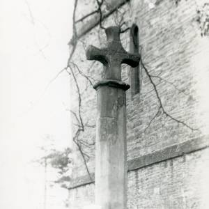 Bosbury church cross, head, 1917