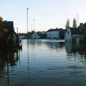 Belmont Roundabout floods, October 1998