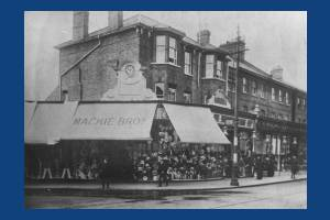Broadway, Wimbledon:  Junction with Gladstone Road