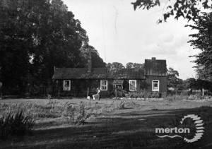Commonside East, Mitcham Common
