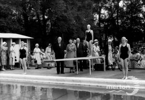Wimbledon County School for Girls: Swimming