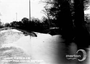 Kingston Road: Flooding