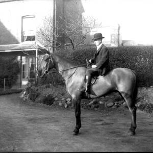 G36-330-13 Man on horse.jpg