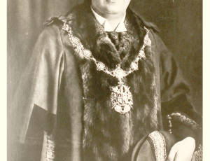 1922-1923 and 1925-1926, William Collier, Mayor of Leigh