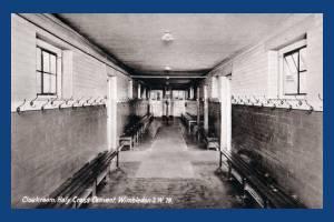 Holy Cross Convent, Wimbledon: Cloakroom