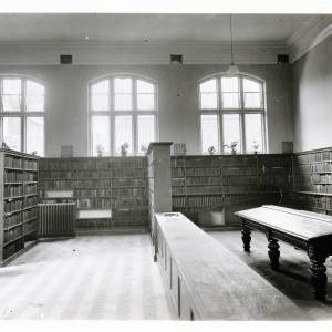 Hereford Public Library reference room, c.1914