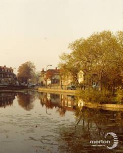 Upper Green East, Mitcham: Three Kings Pond,