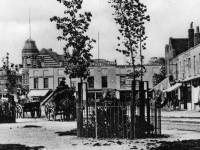 Upper Green, Mitcham: The Curved Rapier