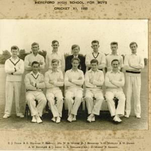 BE1 Hereford High School Cricket XI 1955.jpg