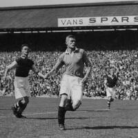 19480828 Photograph Burnley Reid