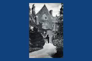 Wimbledon College: Main Entrance