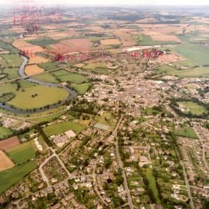 Li14980c Aerial photo of Ross-On-Wye 1988.jpg