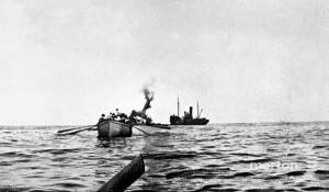 Photo of Troopship HMS Aragon sinking