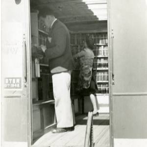Herefordshire's first experimental mobile library, 1948