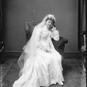 G36-056-01 Bride seated.jpg