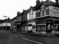 Merton High Street: Junction with Grove Road