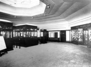 Morden Underground Station: Booking hall