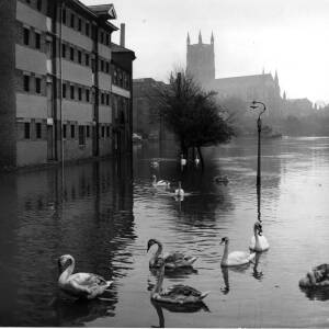 Floods on the River Severn at Worcester.